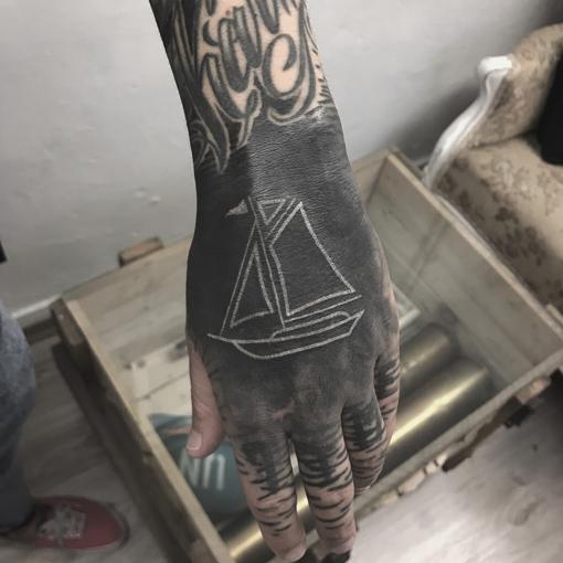 Tatuowanie Metodą Handpoke Maciek Grzelczyk Warszawa